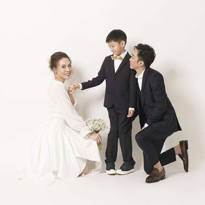Hồ Ngọc Hà lần đầu tiết lộ không có ý định kết hôn, bịn rịn tiễn con trai về dự đám cưới Cường Đô La - Đàm Thu Trang - Ảnh 5.