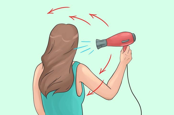 12 lỗi sai điển hình khi dùng máy sấy ảnh hưởng nghiêm trọng tới mái tóc, khiến tóc ngày càng khô rối, hư tổn - Ảnh 12.