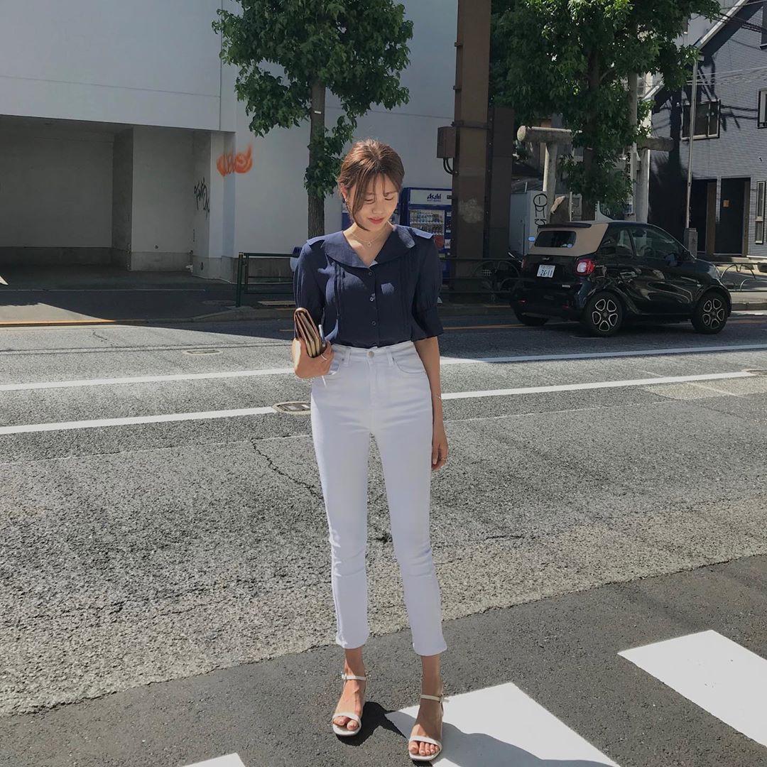 Street style châu Á: 12 set đồ đơn giản nhưng lại giúp phong cách của bạn lên hương - Ảnh 4.