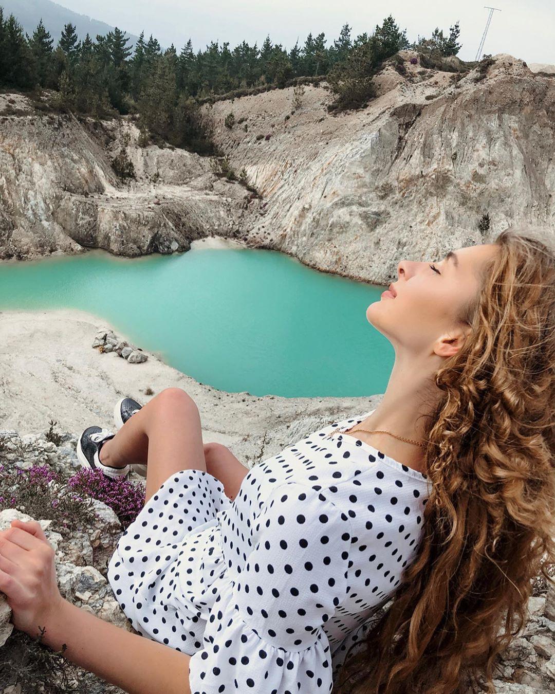 Sốc: Nhập viện hàng loạt sau khi bơi, hồ nước xanh lam nổi tiếng Tây Ban Nha này chính là hiểm họa với du khách - Ảnh 14.