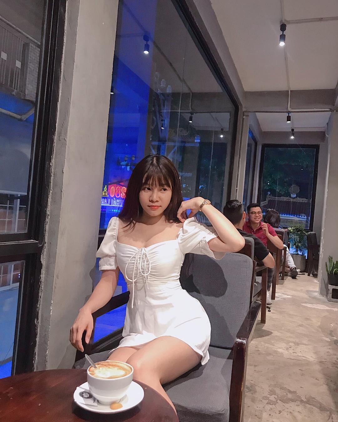 Bất ngờ với cách chọn nơi hẹn hò của Yến Xuân - bạn gái Lâm Tây - Ảnh 3.