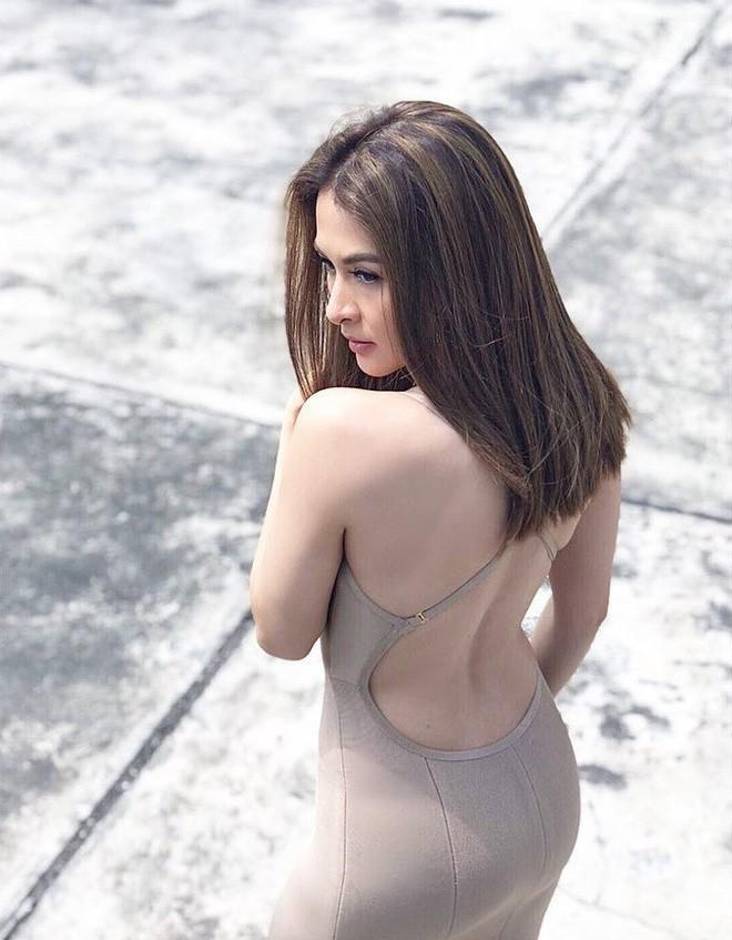 """Từng là """"bà mẹ sexy nhất Philippines"""", nay Marian Rivera lại gây bất ngờ với style luộm thuộm - Ảnh 12."""