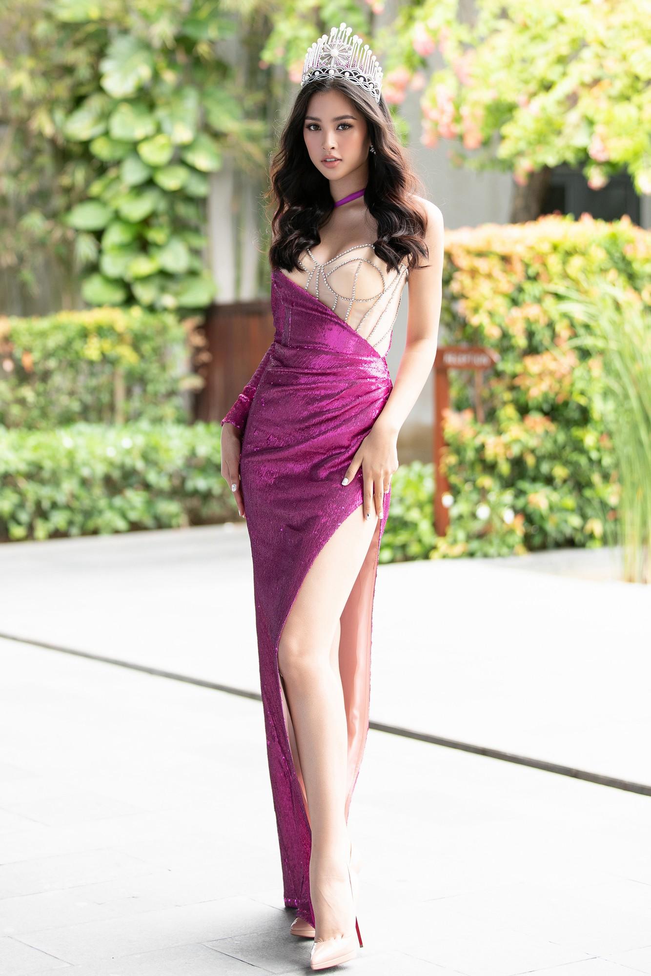 Họp báo chung kết Miss World Việt Nam 2019: Mỹ Linh - Tiểu Vy rạng rỡ đọ sắc, công bố cận cảnh vương miện 3 tỷ đồng - Ảnh 5.