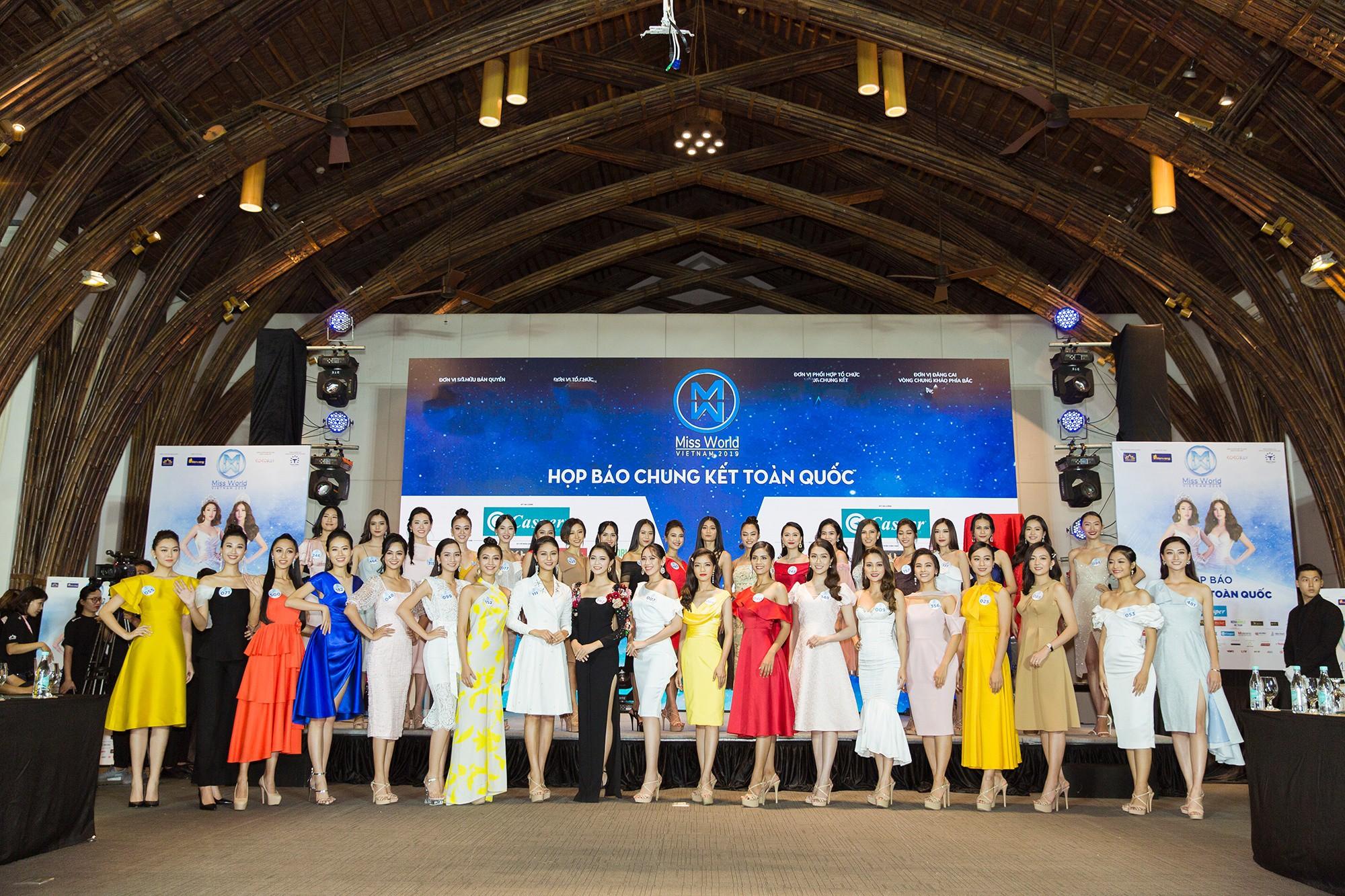 Họp báo chung kết Miss World Việt Nam 2019: Mỹ Linh - Tiểu Vy rạng rỡ đọ sắc, công bố cận cảnh vương miện 3 tỷ đồng - Ảnh 9.