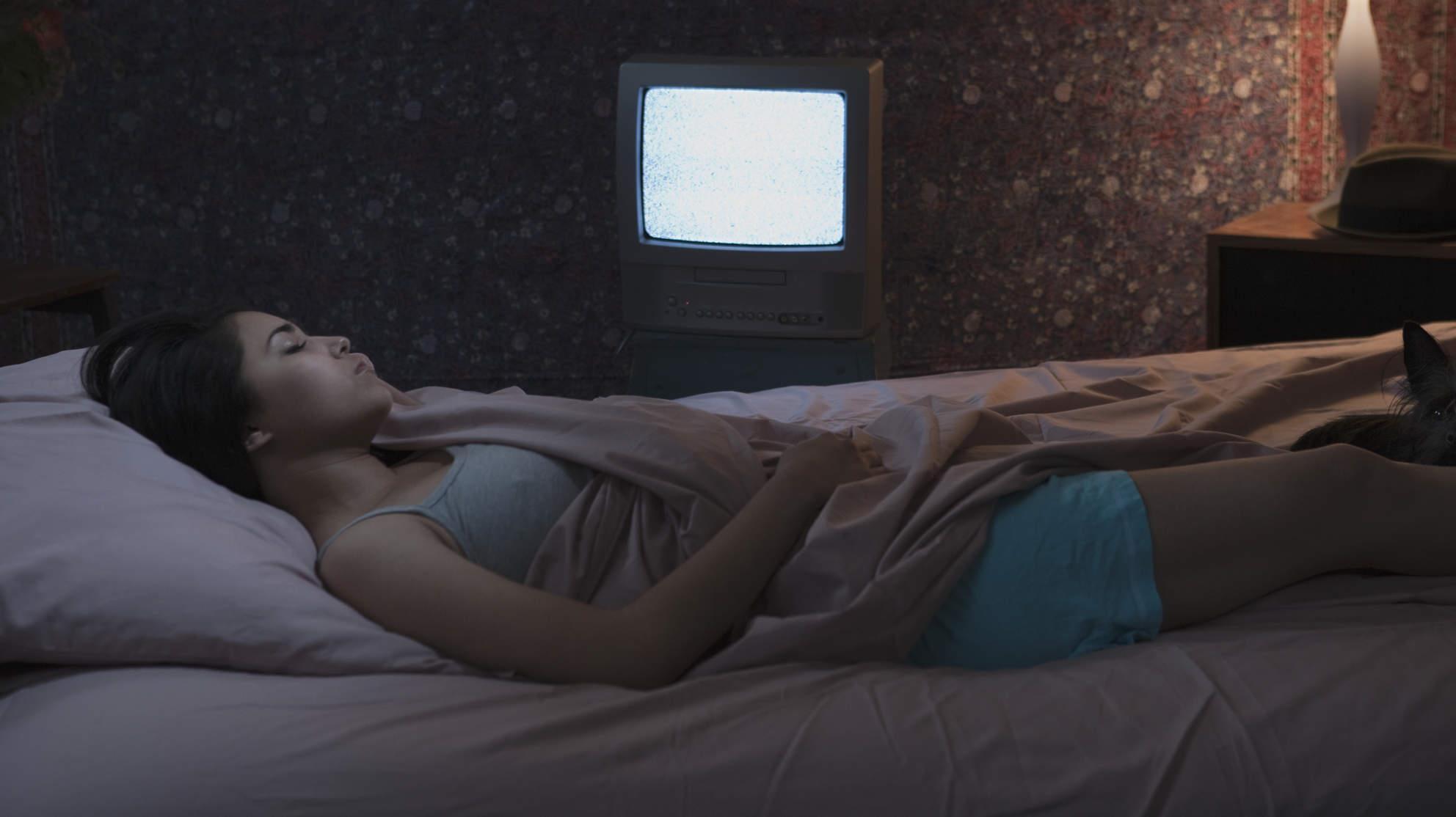 Sửa ngay những thói quen khi ngủ gây hại cho sức khỏe mà nhiều người thường làm mỗi đêm - Ảnh 5.