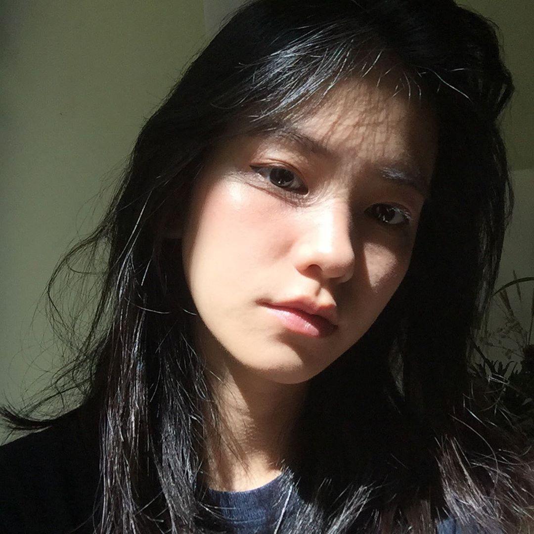 22 tuổi đã ngồi vào ghế thẩm phán lại xinh đẹp vô cùng, nữ sinh được dân mạng hỏi xin info không ngớt - Ảnh 6.
