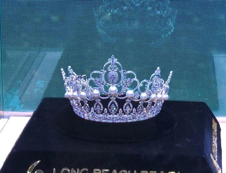 Họp báo chung kết Miss World Việt Nam 2019: Mỹ Linh - Tiểu Vy rạng rỡ đọ sắc, công bố cận cảnh vương miện 3 tỷ đồng - Ảnh 1.