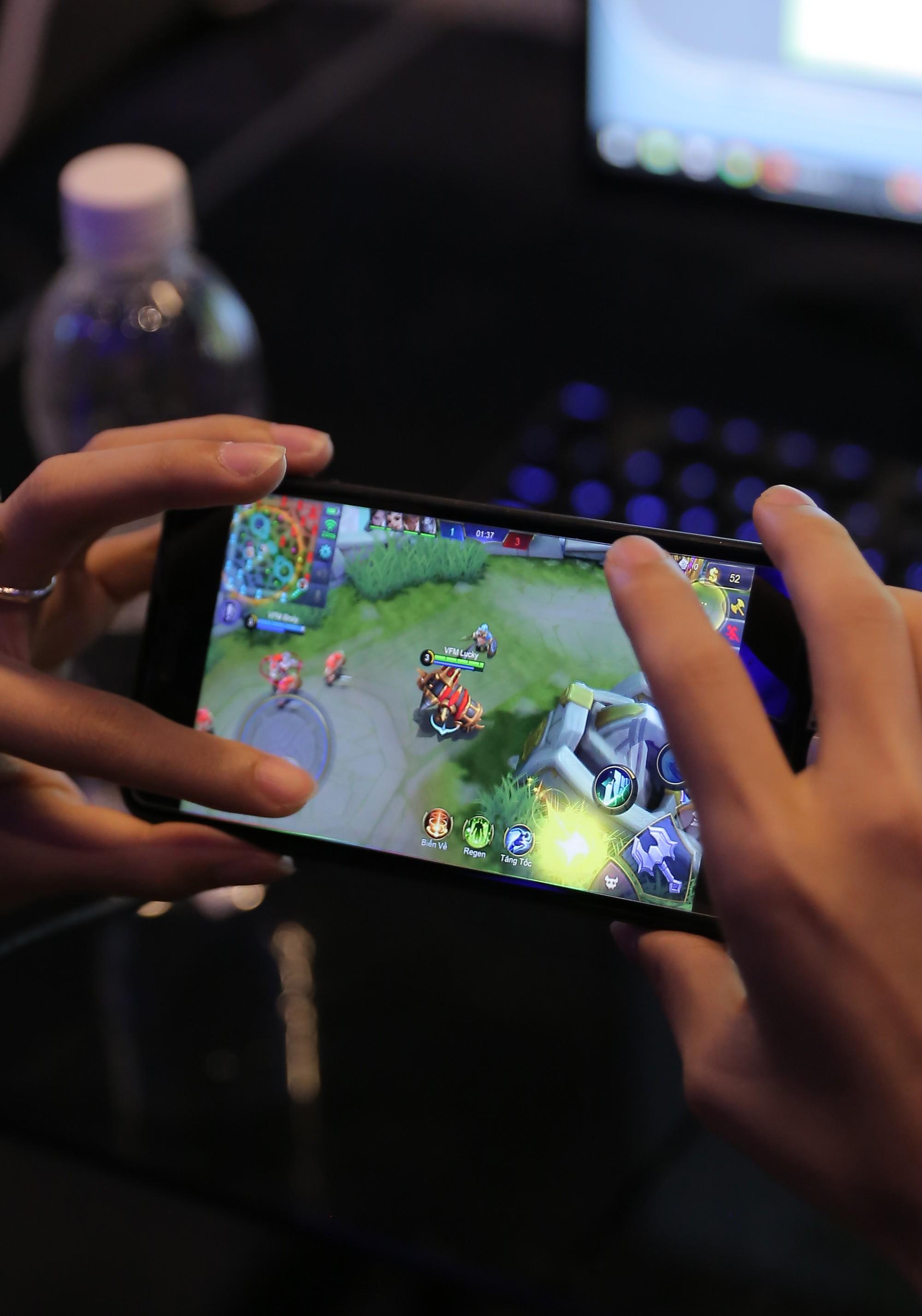 """Game thủ không còn là những """"đứa trẻ hư hỏng"""": Có một thế hệ như OverClockerSđang làm rạng danh nền eSports Việt Nam - Ảnh 10."""