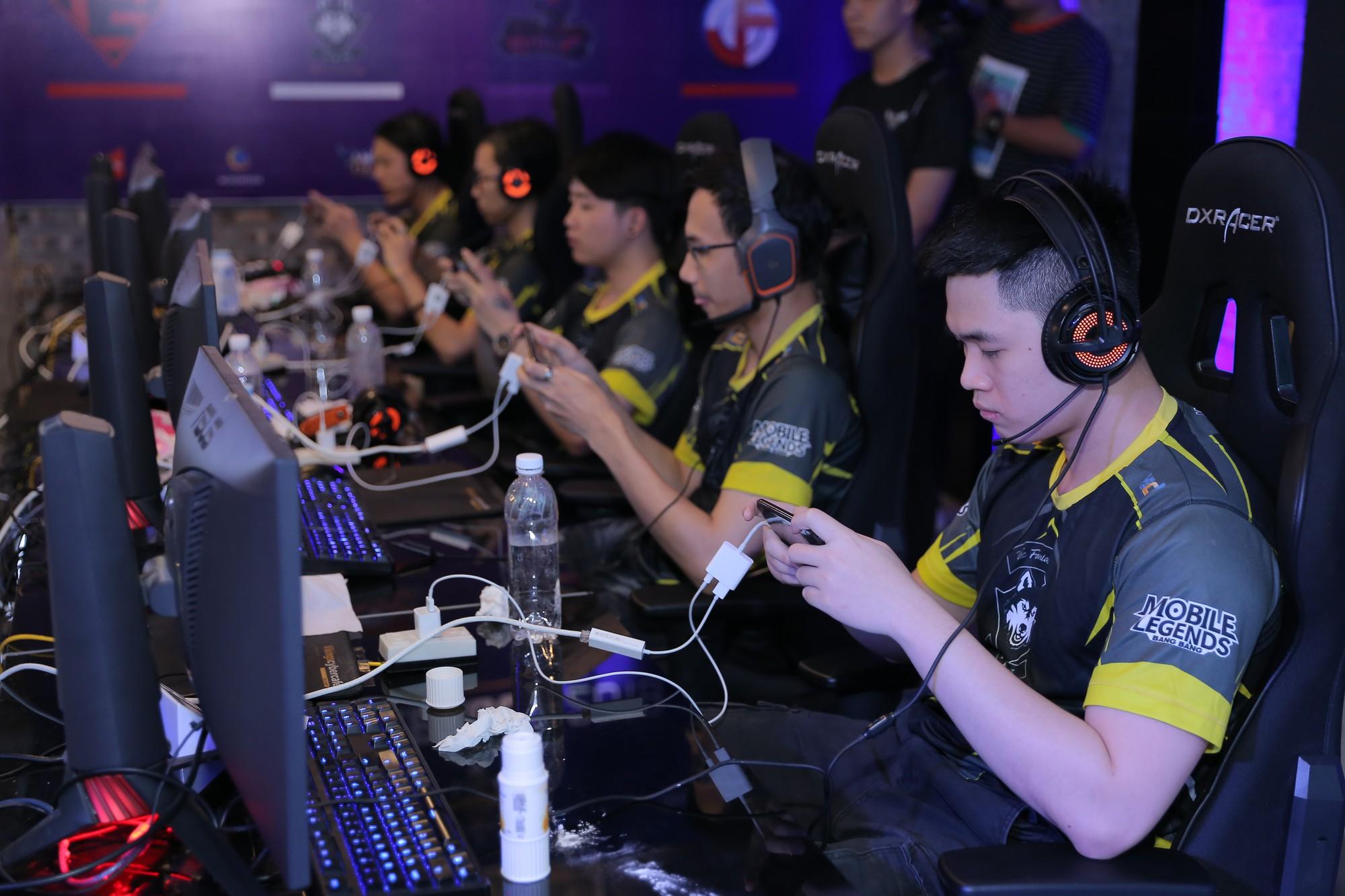 """Game thủ không còn là những """"đứa trẻ hư hỏng"""": Có một thế hệ như OverClockerSđang làm rạng danh nền eSports Việt Nam - Ảnh 2."""