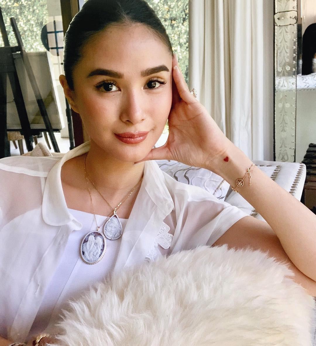 Là đại mỹ nhân giàu có bậc nhất Philippines, nhưng cô nàng bạn thân Hà Tăng chỉ dùng lọ kem dưỡng giá chưa đến 300k - Ảnh 1.
