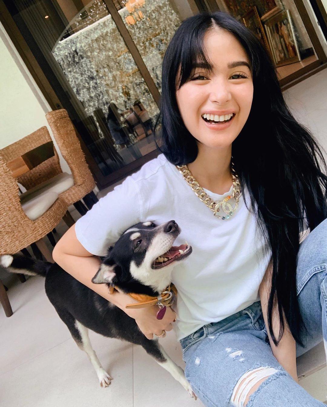 Là đại mỹ nhân giàu có bậc nhất Philippines, nhưng cô nàng bạn thân Hà Tăng chỉ dùng lọ kem dưỡng giá chưa đến 300k - Ảnh 2.