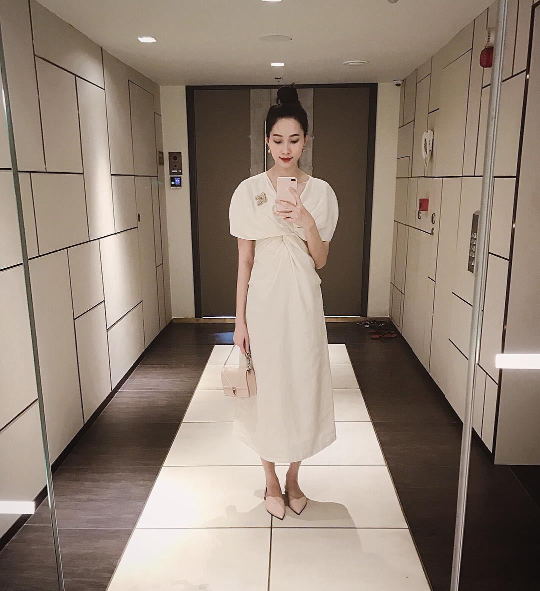 Ăn mặc sành điệu là phải chọn chuẩn từ giày dép: 5 gợi ý từ sao Việt giúp bạn hoàn thiện tủ giày 100% thời thượng - Ảnh 5.