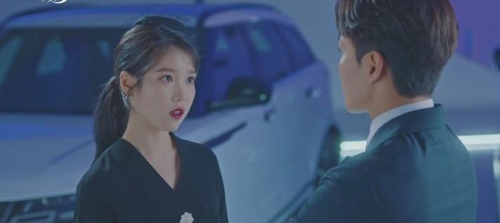 Sợ IU phải trả nghiệp hóa nồi canh gà, Yeo Jin Goo hết mình giúp sếp tích đức trong tập 6 Hotel Del Luna - Ảnh 5.