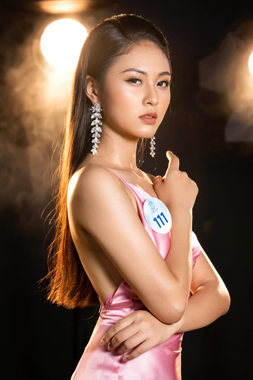 Cận cảnh sắc vóc thí sinh Miss World Việt miền Bắc: Hội chân dài 10x áp đảo, 2 nữ sinh 2001 hứa hẹn bùng nổ - Ảnh 29.