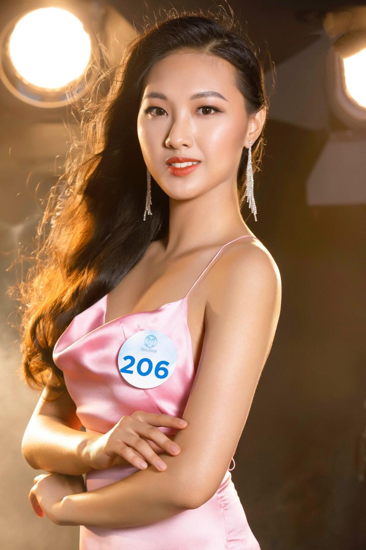 Cận cảnh sắc vóc thí sinh Miss World Việt miền Bắc: Hội chân dài 10x áp đảo, 2 nữ sinh 2001 hứa hẹn bùng nổ - Ảnh 23.