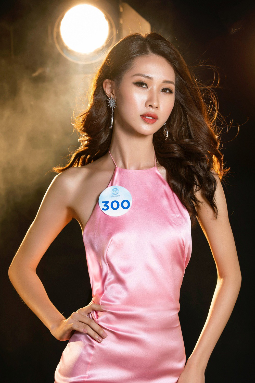 Cận cảnh sắc vóc thí sinh Miss World Việt miền Bắc: Hội chân dài 10x áp đảo, 2 nữ sinh 2001 hứa hẹn bùng nổ - Ảnh 19.