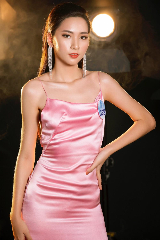Cận cảnh sắc vóc thí sinh Miss World Việt miền Bắc: Hội chân dài 10x áp đảo, 2 nữ sinh 2001 hứa hẹn bùng nổ - Ảnh 17.