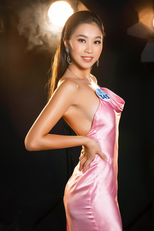 Cận cảnh sắc vóc thí sinh Miss World Việt miền Bắc: Hội chân dài 10x áp đảo, 2 nữ sinh 2001 hứa hẹn bùng nổ - Ảnh 13.