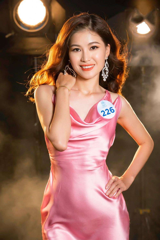 Cận cảnh sắc vóc thí sinh Miss World Việt miền Bắc: Hội chân dài 10x áp đảo, 2 nữ sinh 2001 hứa hẹn bùng nổ - Ảnh 12.