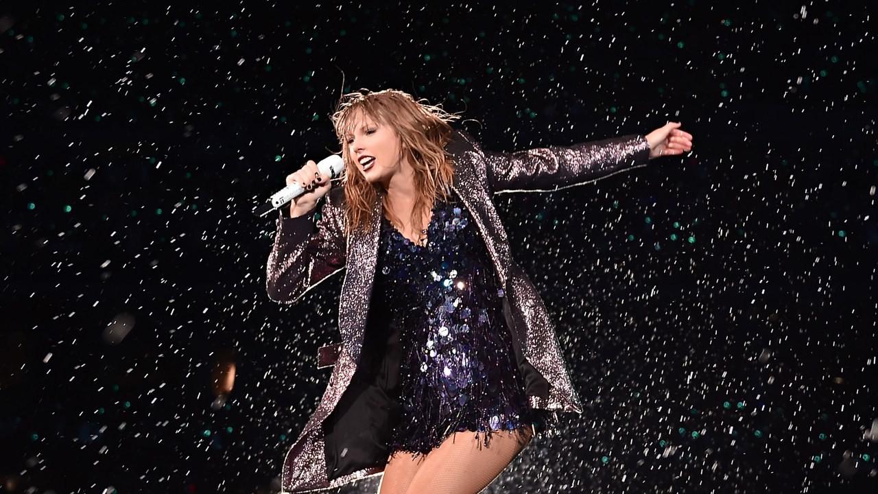 """Phải chăng Taylor Swift từng ám chỉ việc bị tước đoạt gia tài âm nhạc ngay từ album """"reputation""""? - Ảnh 5."""