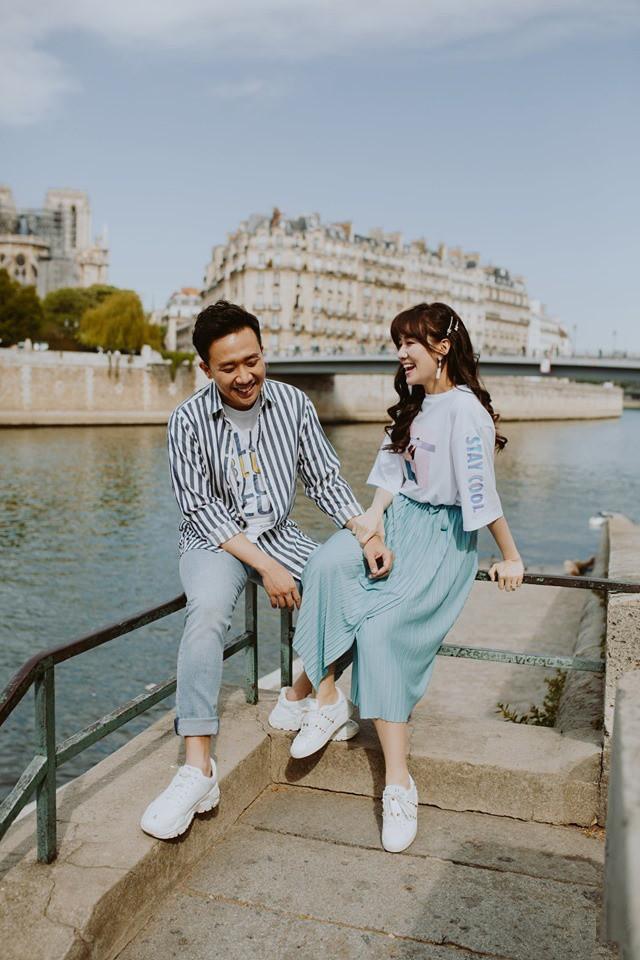 Tan chảy bộ ảnh Trấn Thành và Hari Won tại Paris: Khoá môi, tay trong tay cực ngọt, nhìn vào là muốn yêu ngay! - Ảnh 3.