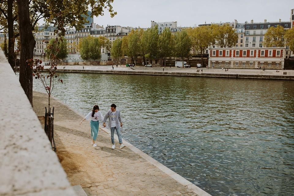 Tan chảy bộ ảnh Trấn Thành và Hari Won tại Paris: Khoá môi, tay trong tay cực ngọt, nhìn vào là muốn yêu ngay! - Ảnh 4.