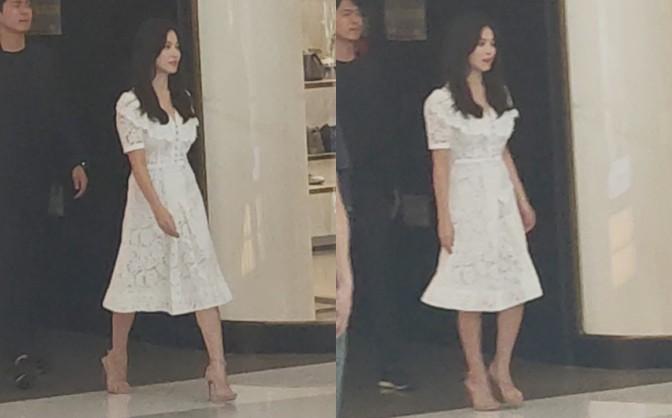 HOT: Song Hye Kyo lần đầu lộ diện sau vụ ly hôn ngàn tỷ, nhan sắc cực phẩm nhưng lại tiều tụy đến xót xa - Ảnh 3.