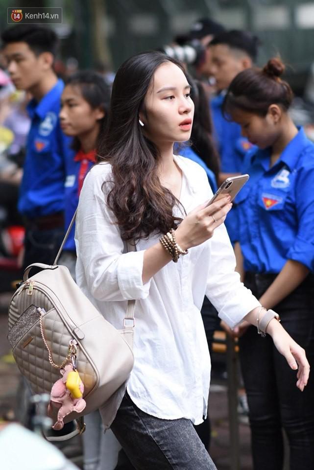 Dàn gái xinh cực phẩm xuất thân từ THPT Phan Đình Phùng (Hà Nội): Lò đào tạo hotgirl đỉnh nhất Việt Nam là đây chứ đâu! - Ảnh 7.