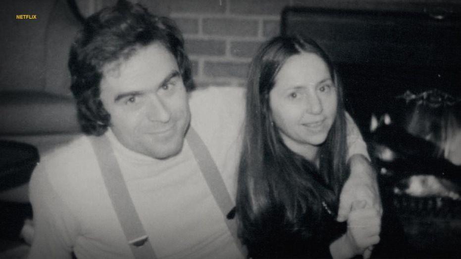 Ted Bundy: Đằng sau vẻ đẹp trai của sinh viên luật tài hoa là tên sát nhân khét tiếng, giết hơn 30 cô gái có ngoại hình giống bạn gái cũ - Ảnh 3.