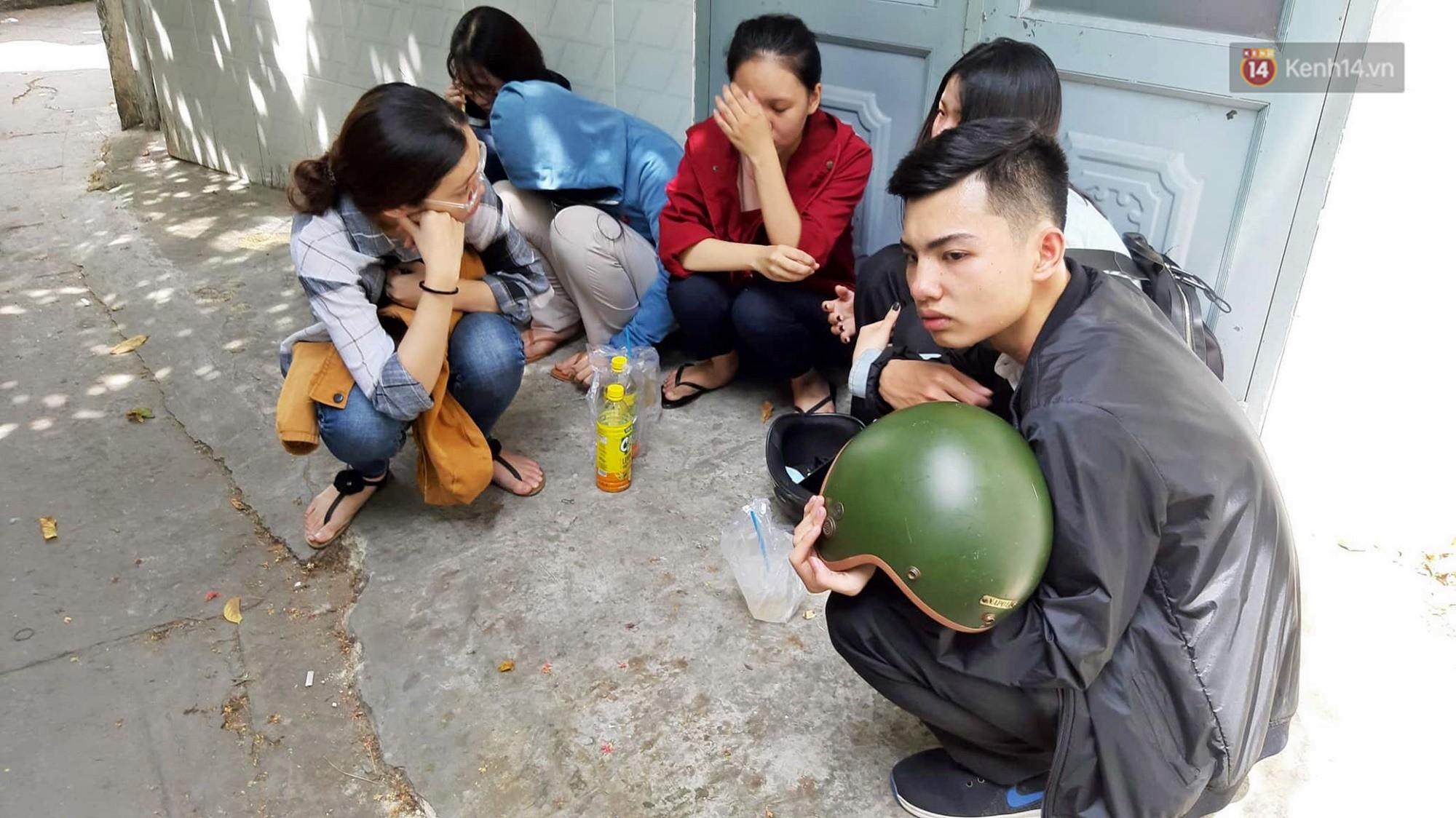 Bạn bè bàng hoàng, khóc thương nữ sinh viên nghi bị bạn trai sát hại trong phòng trọ ở Sài Gòn - Ảnh 5.