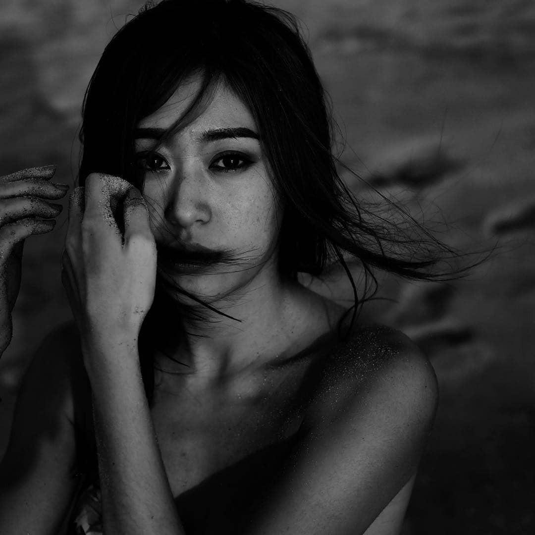 Ác nữ của Chiếc Lá Bay: Xinh đẹp không kém nữ chính, từng phim giả tình thật với anh trai trong drama gây sốt - Ảnh 2.