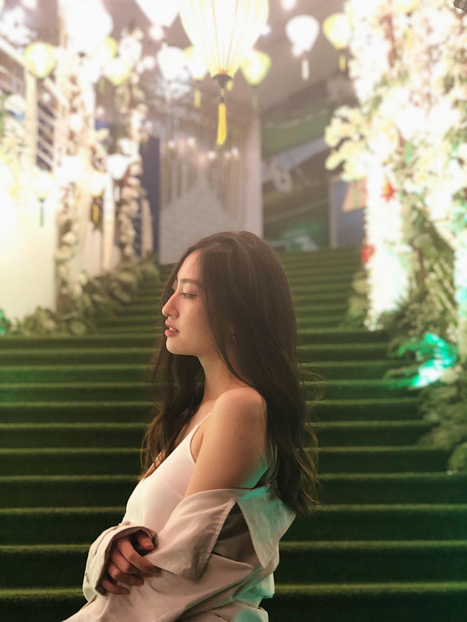 Nữ sinh Ngoại thương là ứng viên nặng ký của vương miện Hoa hậu thế giới Việt Nam 2019: IELTS 7.5, thành viên đội tuyển HSG Quốc gia tiếng Anh - Ảnh 2.