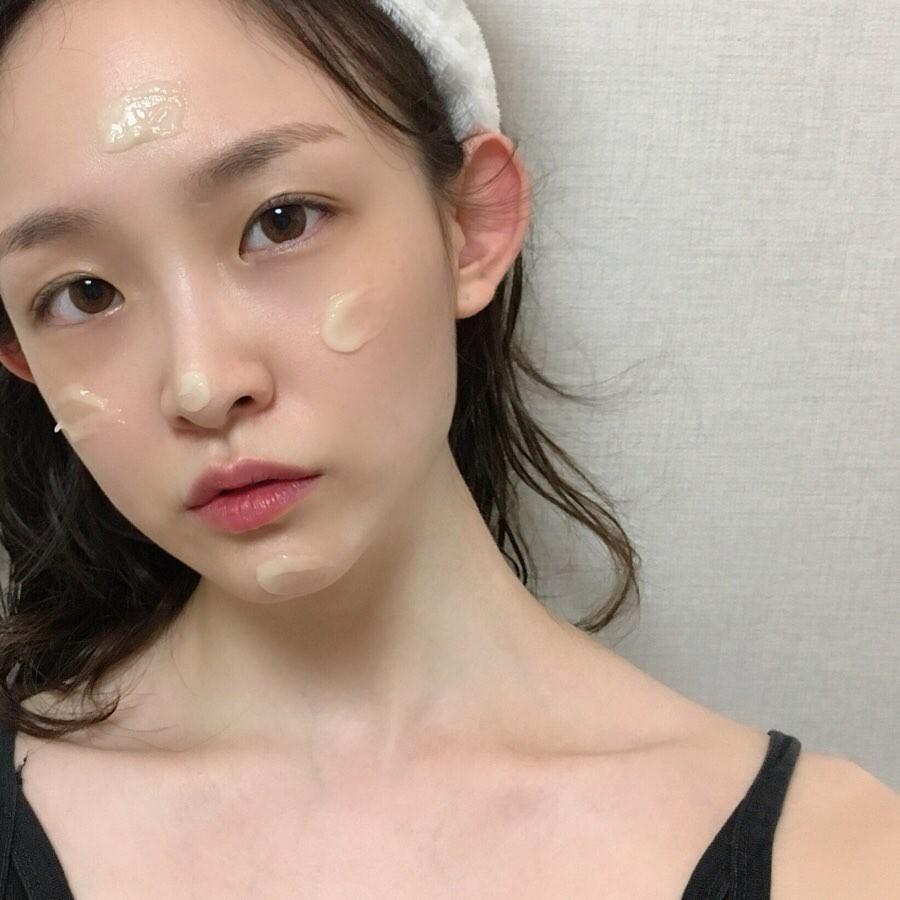 VZN News: Bác sĩ da liễu rất kỳ thị 5 sản phẩm skincare này, bạn đừng dùng kẻo da đã kém đẹp lại càng xấu tệ - Ảnh 3.