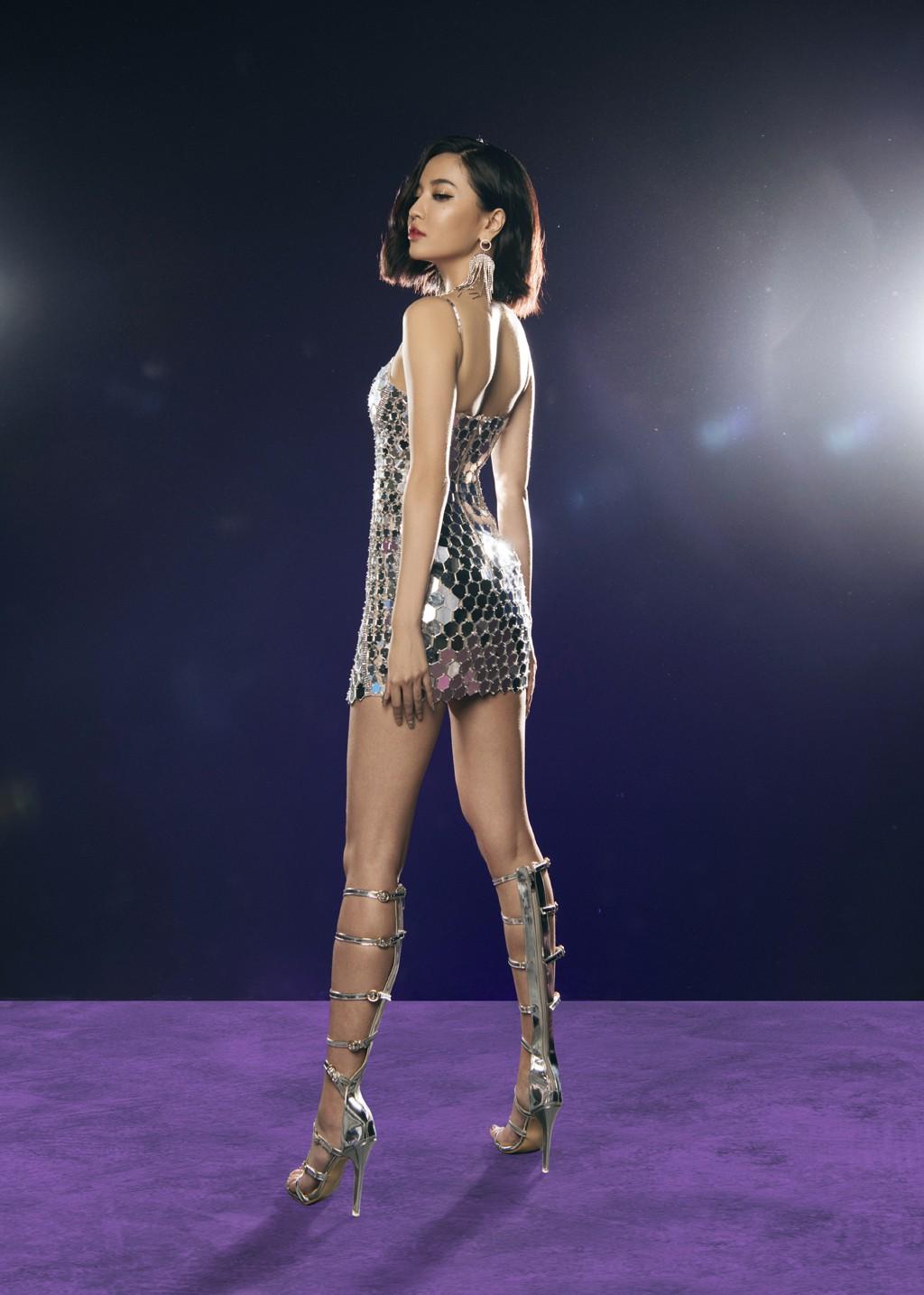 VZN News: Bích Phương đụng Ngọc Trinh: Đầm đã bốc như thế này thì mặc vào, nàng nào đu đưa hơn? - Ảnh 3.