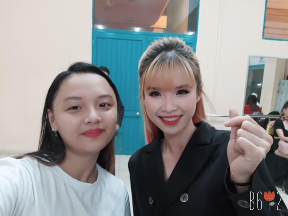 VZN News: Tìm ra fan cuồng đỉnh nhất Việt Nam đạt kỷ lục selfie chung với hơn 100 celeb Việt, toàn những tên tuổi khủng showbiz - Ảnh 4.