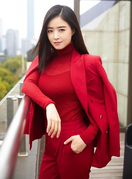 VZN News: Không học đại học nhưng 4 ngôi sao này vẫn thành công khắp châu Á, thậm chí thành cả tỷ phú - Ảnh 5.