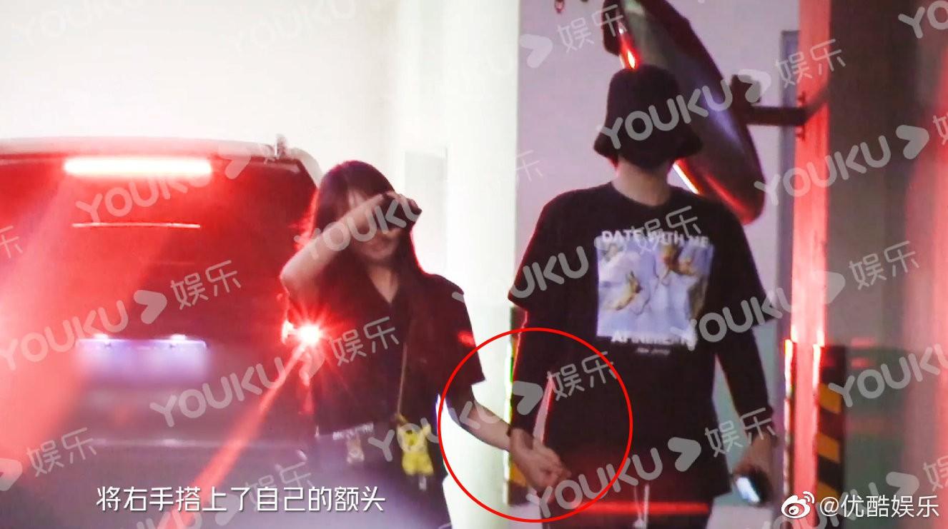 VZN News: HOT: Ngô Diệc Phàm cuối cùng đã lộ ảnh hẹn hò, đan chặt tay đưa nàng về nhà riêng và nhan sắc bạn gái gây chú ý lớn - Ảnh 5.
