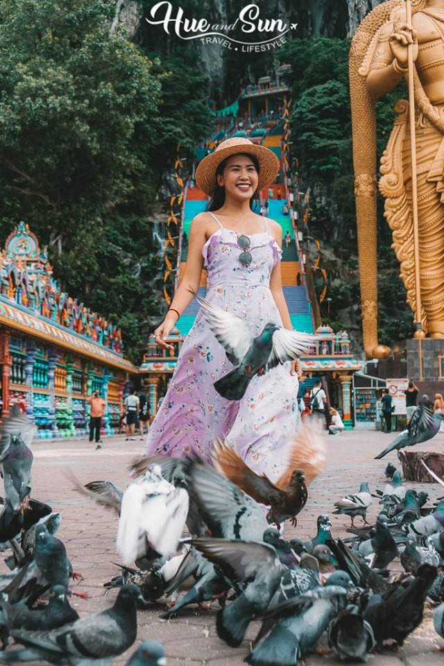 VZN News: Nữ travel blogger chia sẻ bí kíp sống ảo tại động Batu  nổi tiếng để lúc đi vắng người, khi về thì hốt trọn ảnh xinh - Ảnh 10.