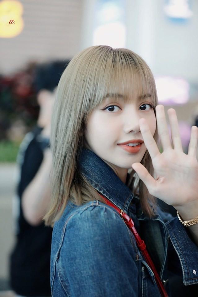 VZN News: Màn đọ sắc cực hiếm của 2 thánh eo thon Lisa và Taeyeon tại sân bay: Idol hot nhất Gen3 liệu có vượt mặt đàn chị? - Ảnh 14.
