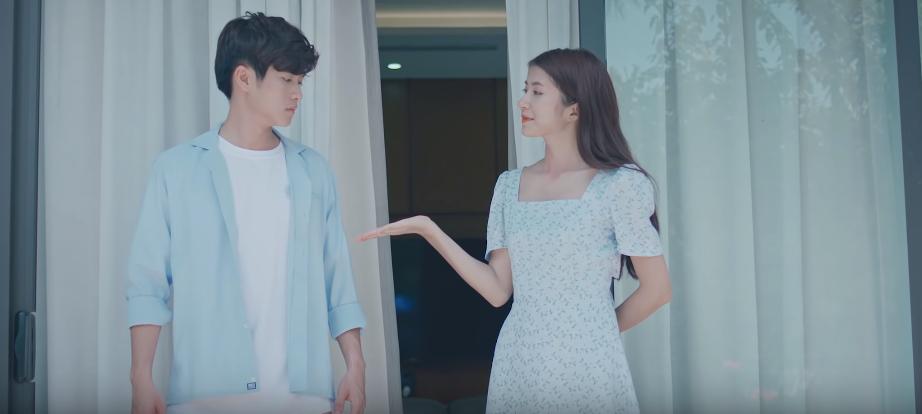 VZN News: Hương Ly chính thức debut bằng MV xuyên không trên nền nhạc ballad đẫm nước mắt, liệu có thành công như khi hát cover? - Ảnh 5.