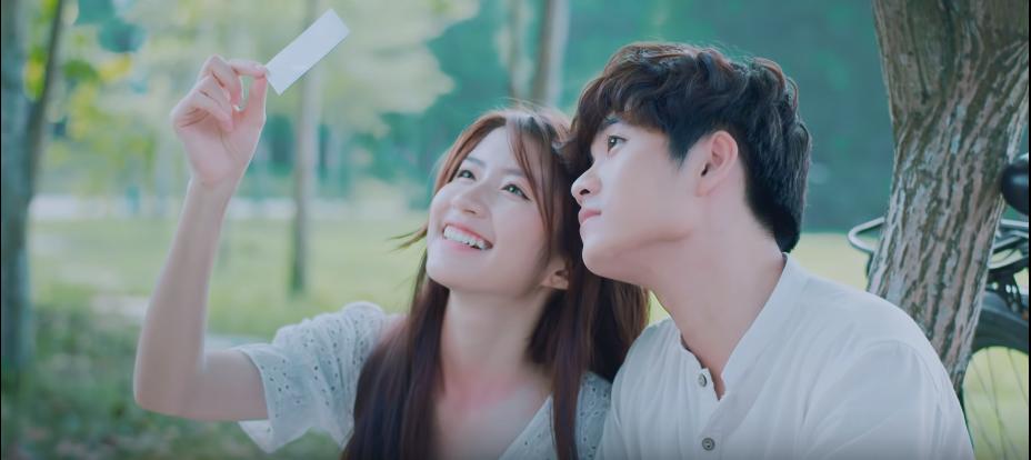 VZN News: Hương Ly chính thức debut bằng MV xuyên không trên nền nhạc ballad đẫm nước mắt, liệu có thành công như khi hát cover? - Ảnh 6.