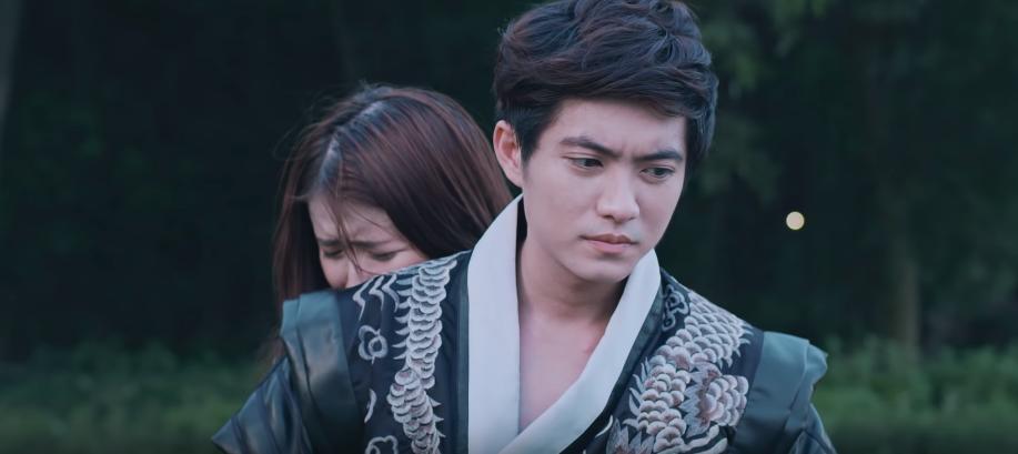VZN News: Hương Ly chính thức debut bằng MV xuyên không trên nền nhạc ballad đẫm nước mắt, liệu có thành công như khi hát cover? - Ảnh 8.