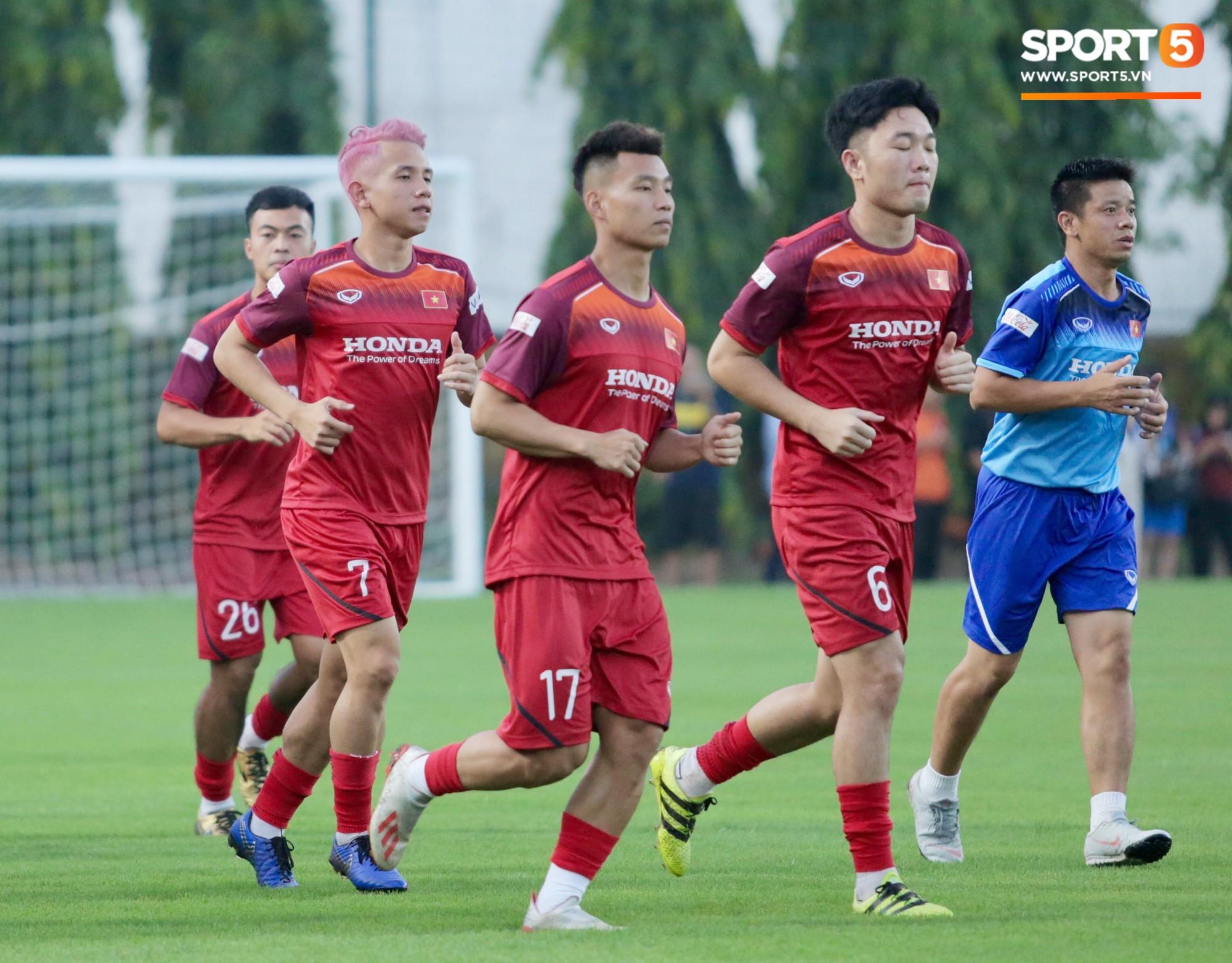 VZN News: CHÍNH THỨC: HLV Park Hang-seo loại 3 tuyển thủ này trước trận tuyển Việt Nam đấu Thái Lan - Ảnh 1.