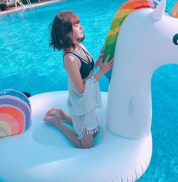 VZN News: Hiếm hoi diện áo tắm khoe hình thể, Midu vẫn gây thương nhớ với vẻ ngoài trong veo cùng vòng 1 căng đầy - Ảnh 4.