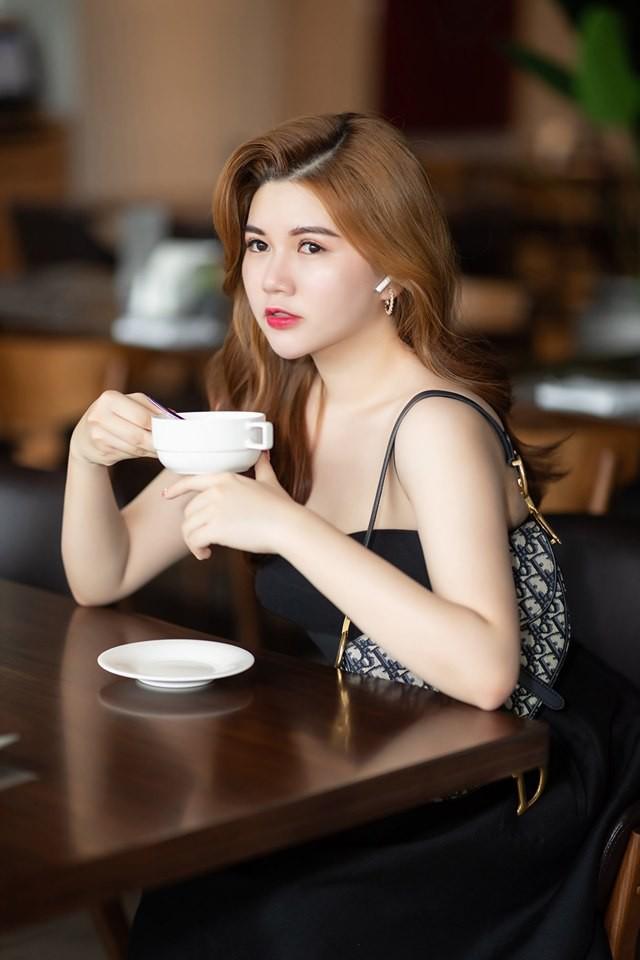 Chị gái hot girl Việt: Người xinh đẹp, người thần thái sang chảnh đúng chuẩn con nhà người ta - Ảnh 22.