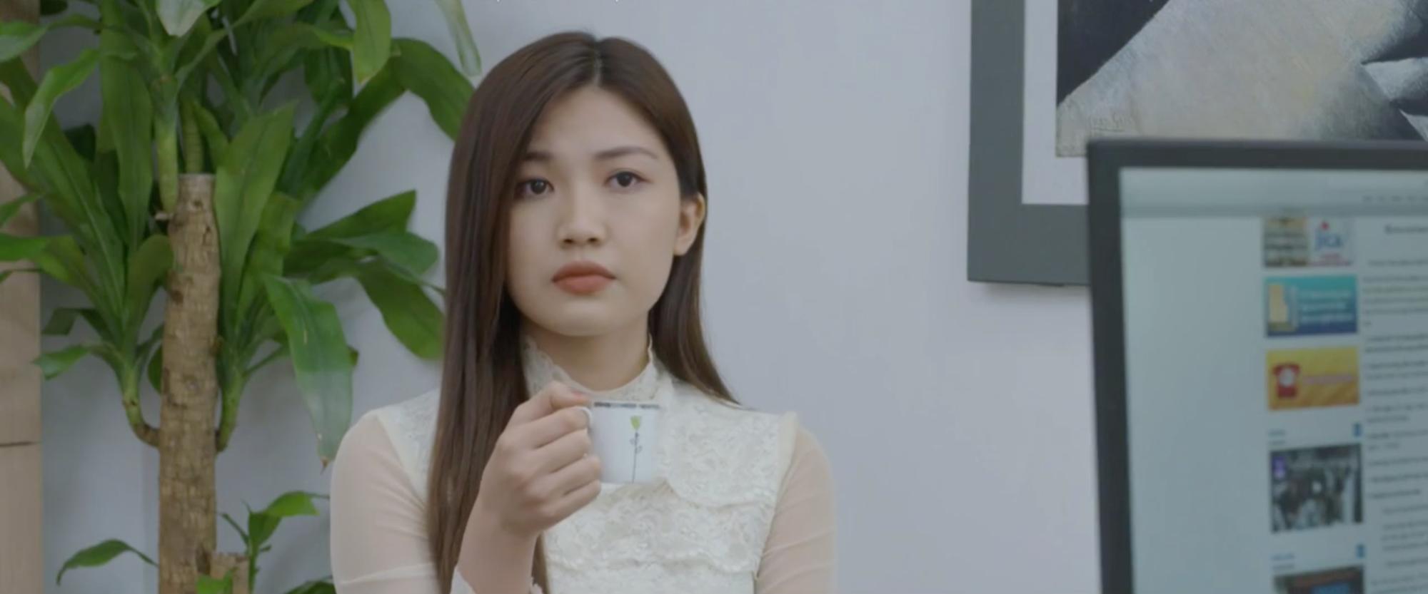 VZN News: Tiểu tam đỉnh cao nhất màn ảnh Việt: Đến tận nhà rủ mẹ chồng và con riêng tương lai làm trò - Ảnh 3.