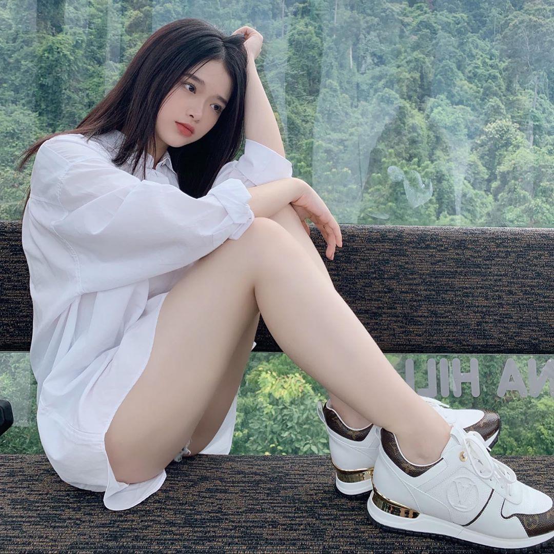 """VZN News: Để ý mới thấy nhan sắc Linh Ka dạo này thăng hạng vèo vèo, 17 tuổi chưa """"lớn"""" xong mà đã đáng gờm như thế! - Ảnh 8."""