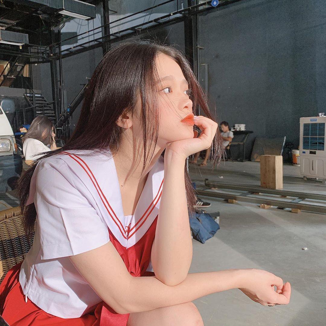 """VZN News: Để ý mới thấy nhan sắc Linh Ka dạo này thăng hạng vèo vèo, 17 tuổi chưa """"lớn"""" xong mà đã đáng gờm như thế! - Ảnh 7."""