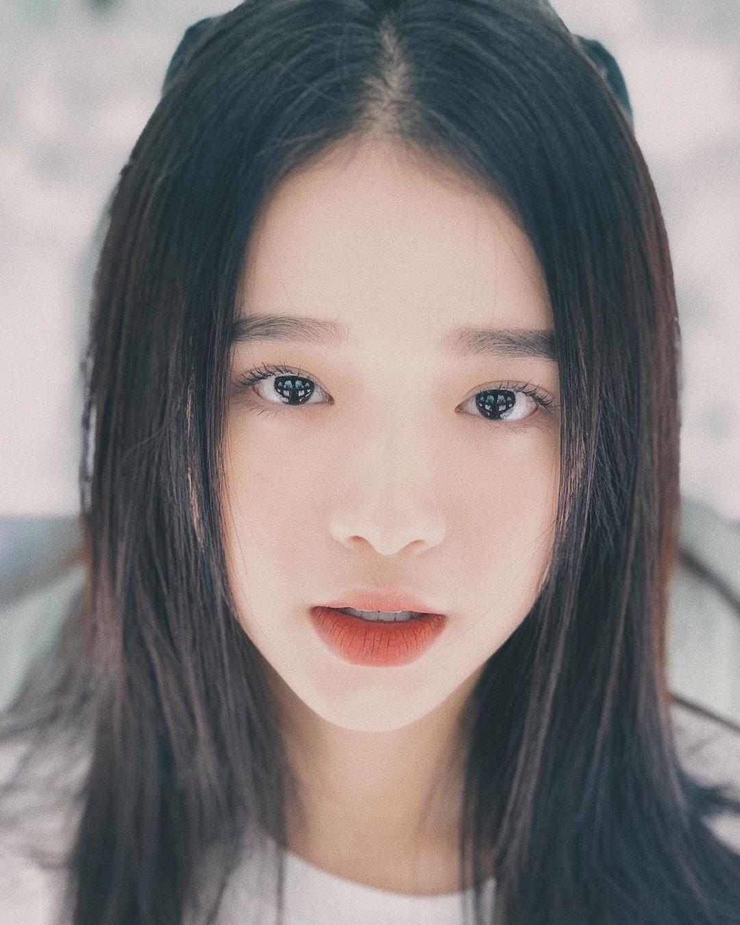 """VZN News: Để ý mới thấy nhan sắc Linh Ka dạo này thăng hạng vèo vèo, 17 tuổi chưa """"lớn"""" xong mà đã đáng gờm như thế! - Ảnh 5."""