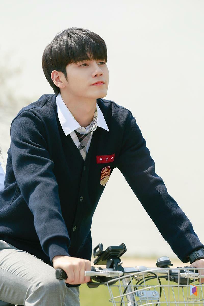 BXH diễn viên đang hot: Có bom tấn 700 tỉ, Song Joong Ki vẫn thua đậm trước đàn em mới vào nghề Ong Seung Woo? - Ảnh 3.
